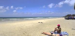 ::: Straddie Time - Flinders Beach :::